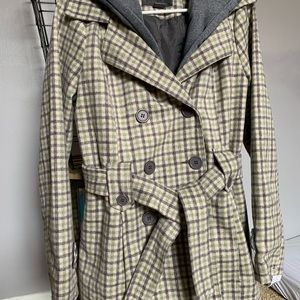 JouJou coat with tie belt and removable hood